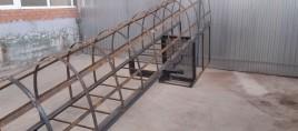 Лестница вертикальная с ограждением П1-2